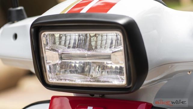 vespa-sxl-125-headlamp5